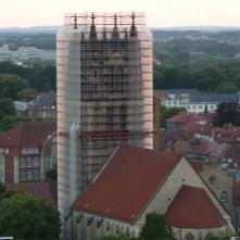 Überwasserturm verhüllt